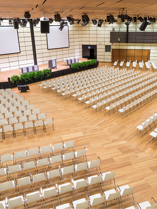 Photo: Main building Hall E with parliamentary style seating